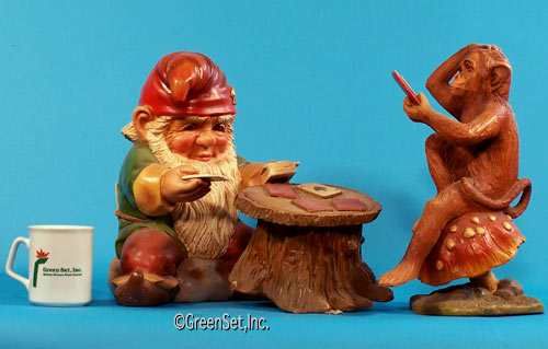 Card-Playing Gnome and Monkey
